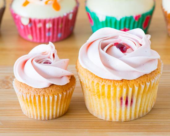 runaway_rasberrywhitechocolate_550x540 Cupcake boxes