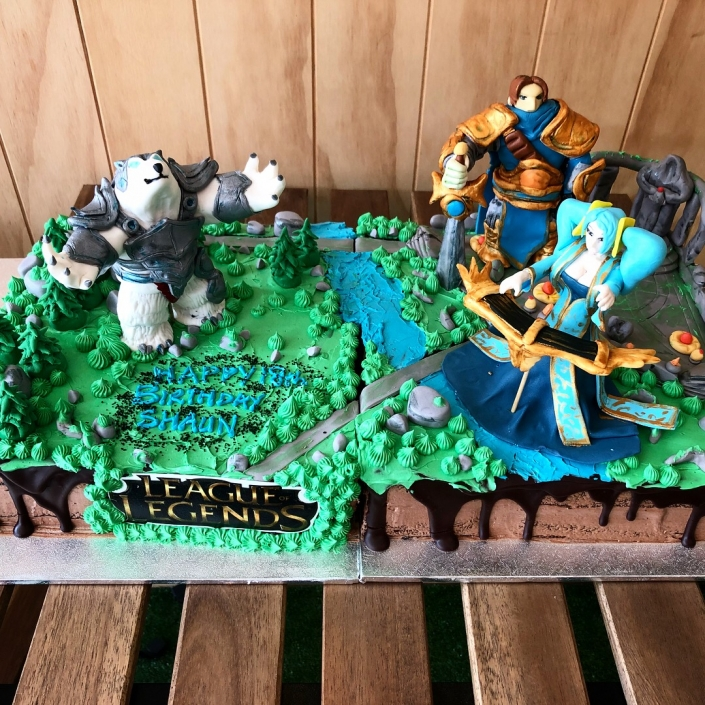 League-of-legend-Custom-Cake-705x705 Custom Cakes