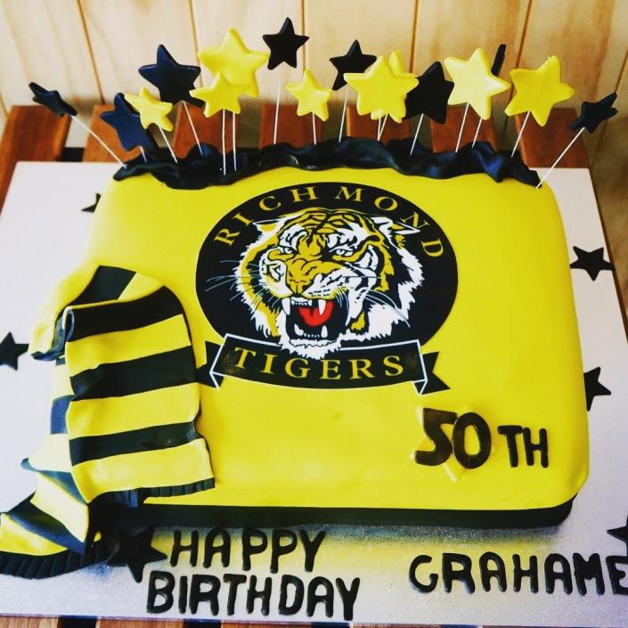 Richnmond-Tiger-AFL-Cake-705x705 Custom Cakes
