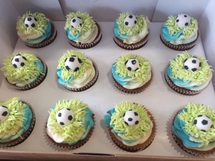 Soccer-Custom-Cupcakes-705x529 Cupcake boxes